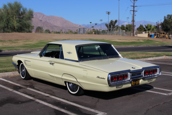 Used-1965-Ford-Thunderbird