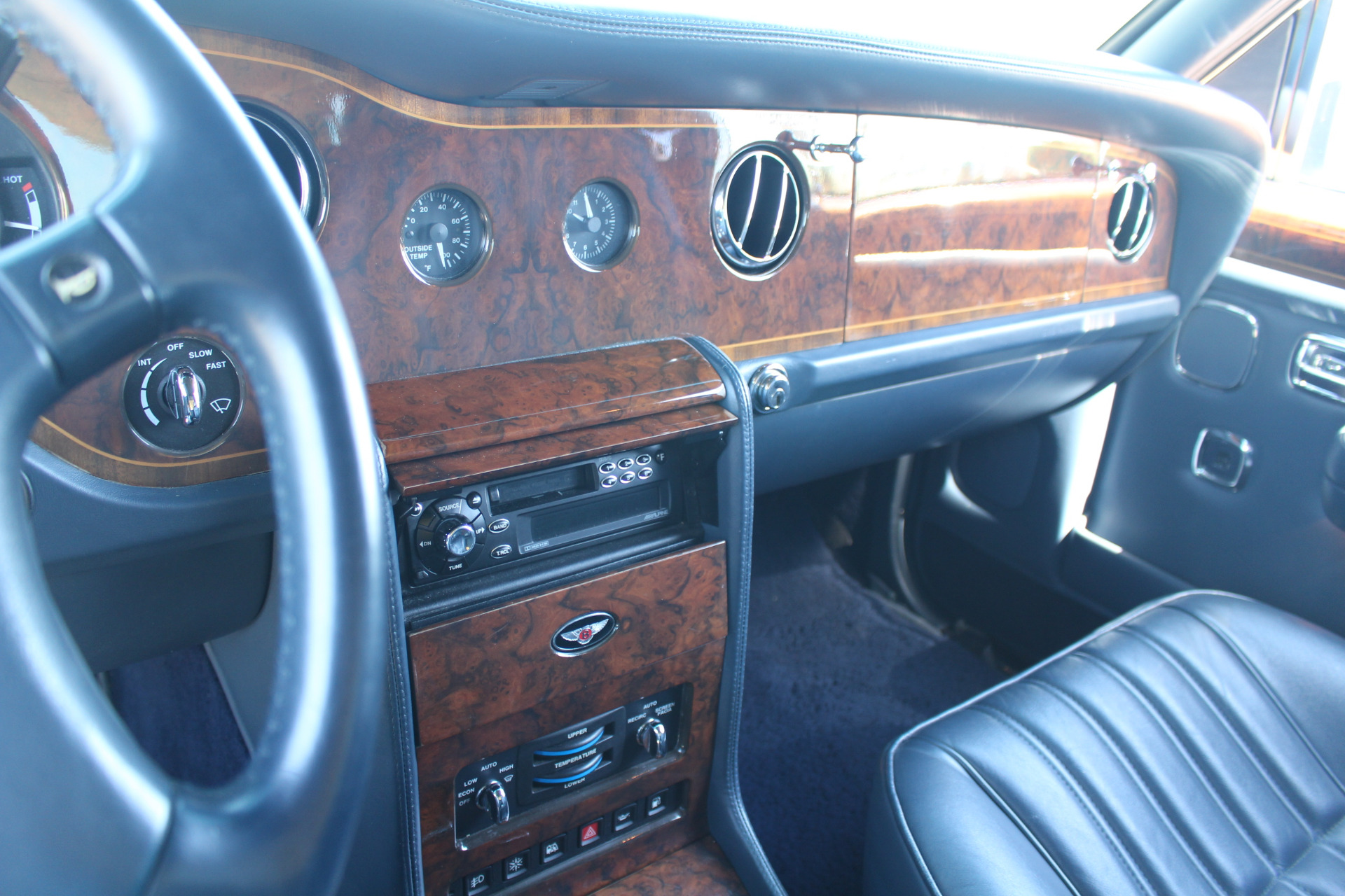 Used-1999-Bentley-Mulliner-Limousine