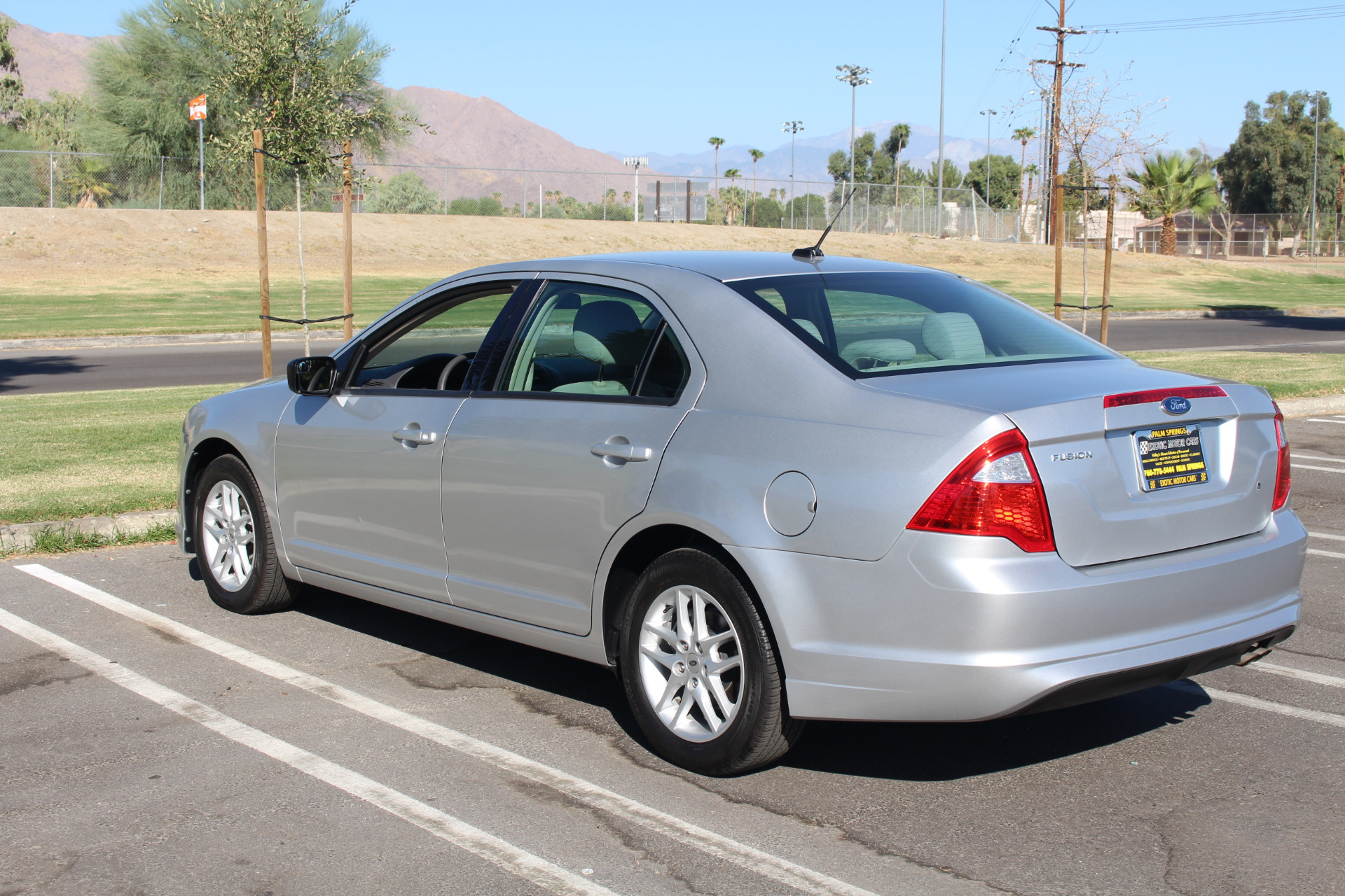 Used-2012-Ford-Fusion-S