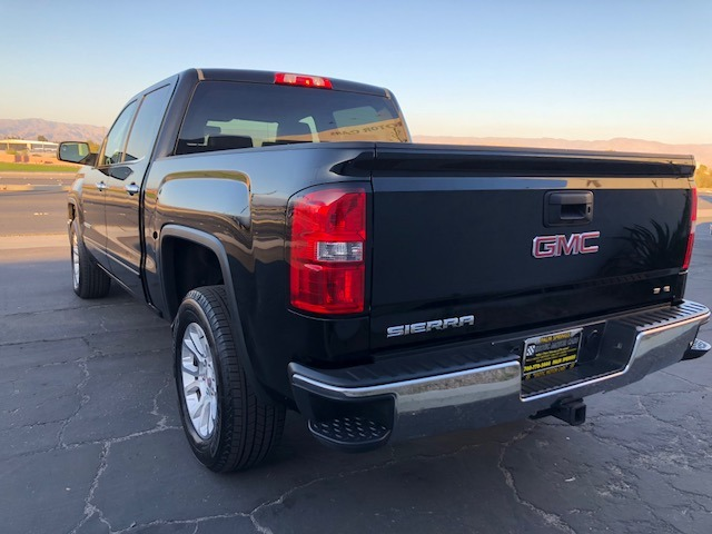 Used-2015-GMC-Sierra-1500-SLE