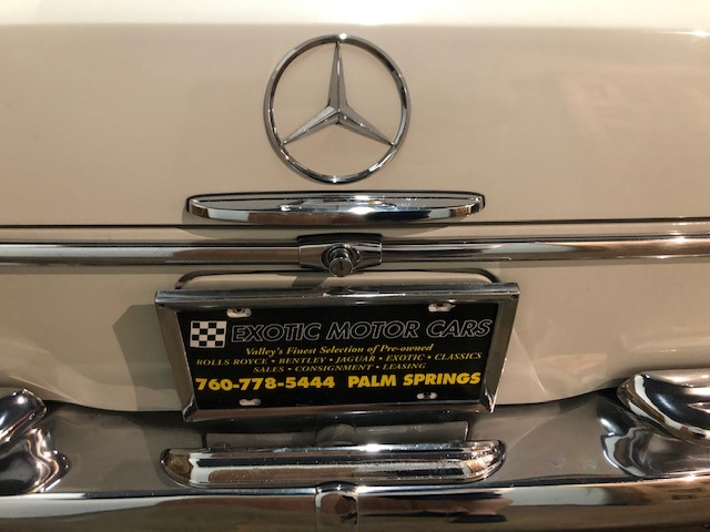 Used-1964-Mercedes-Benz-220-SE