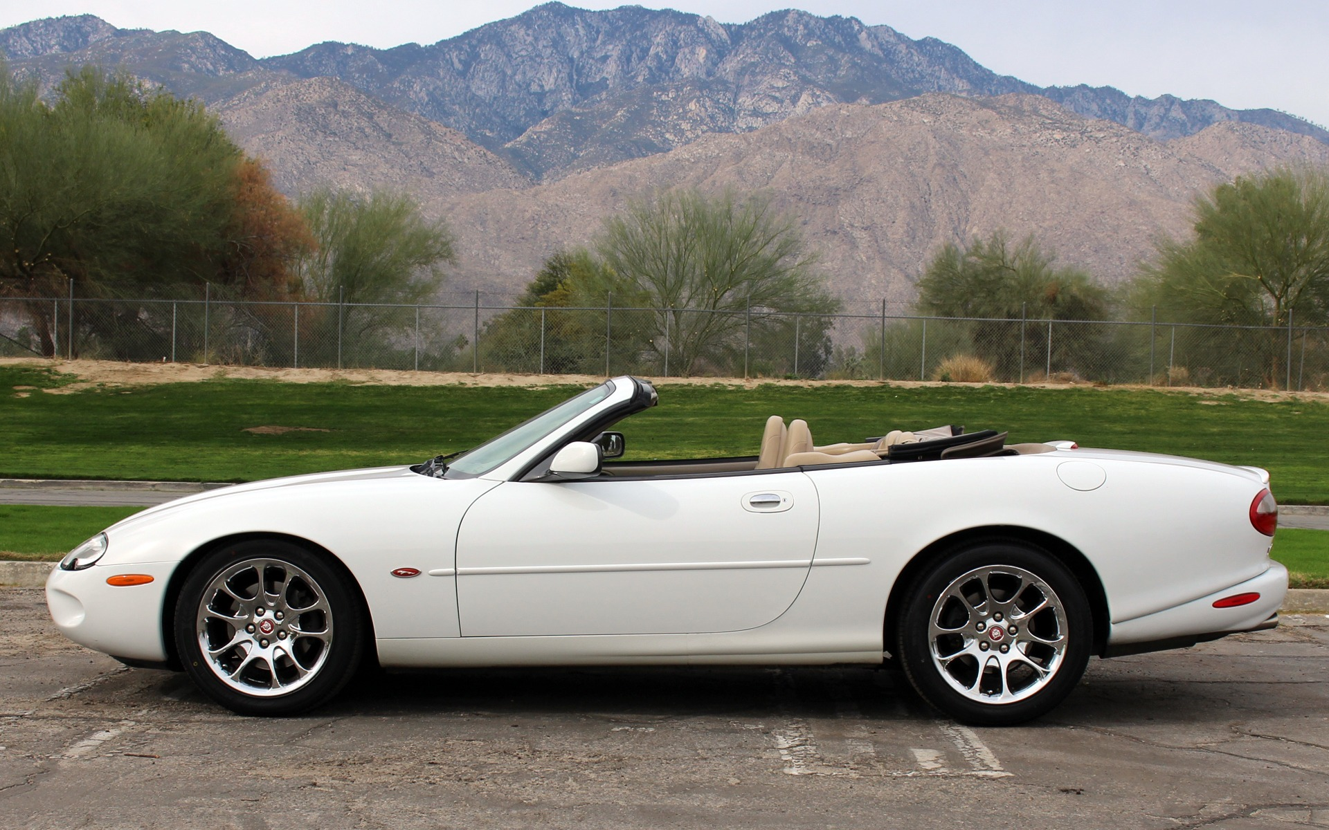 2000 jaguar xkr stock jo243 for sale near palm springs ca ca jaguar dealer. Black Bedroom Furniture Sets. Home Design Ideas