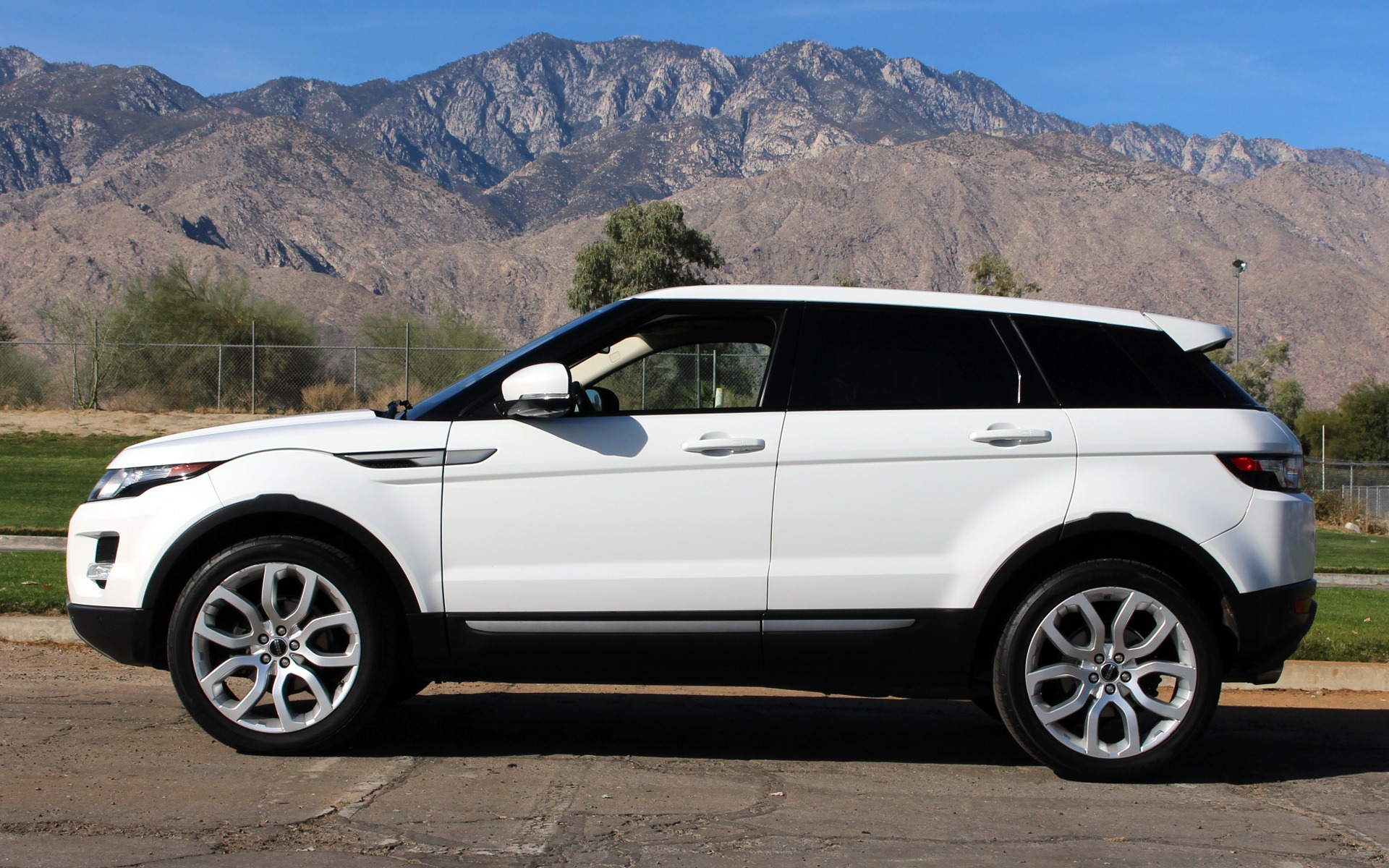 2012 land rover range rover evoque pure premium stock lr16 for sale near palm springs ca ca. Black Bedroom Furniture Sets. Home Design Ideas