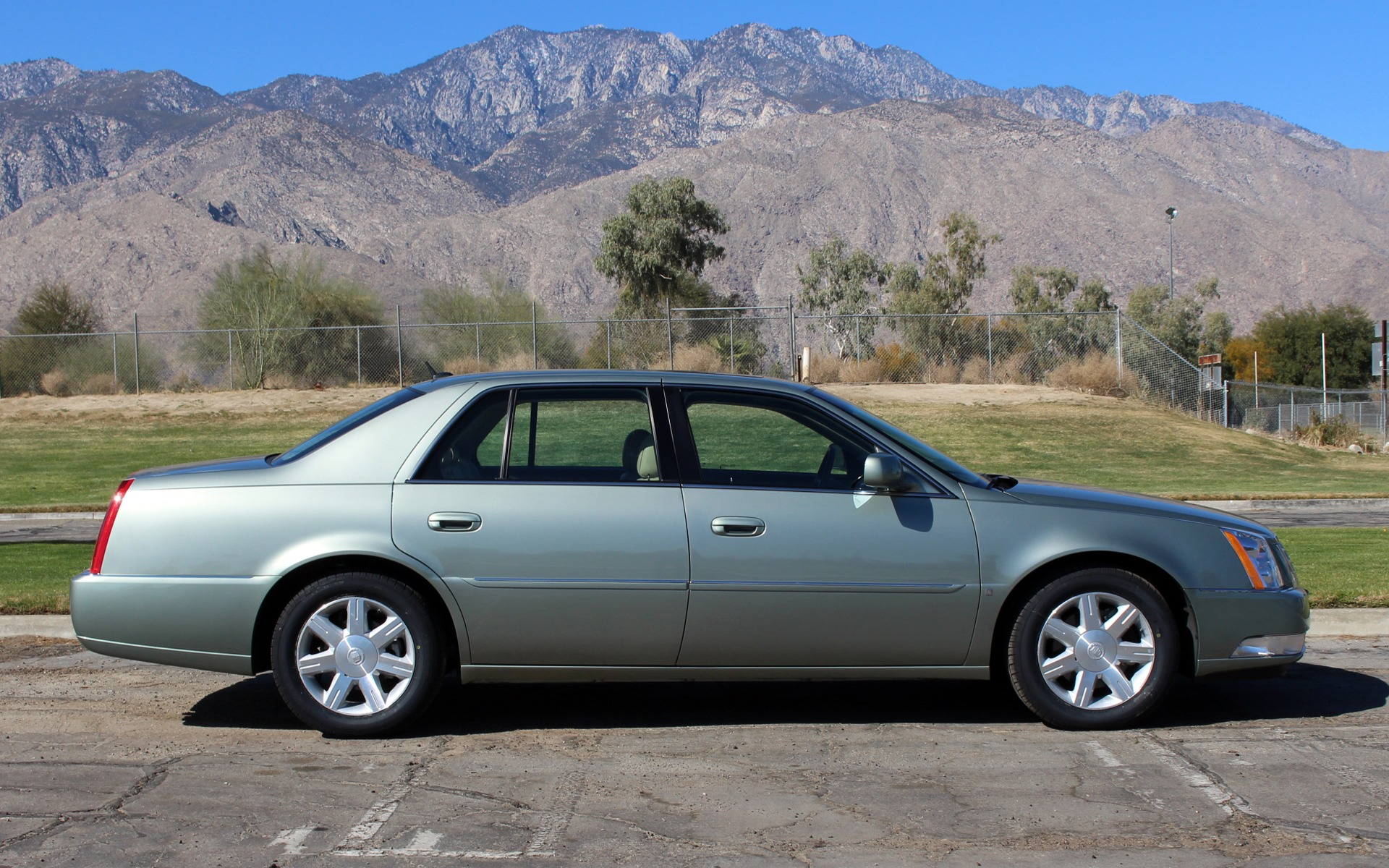 2006 cadillac dts luxury i stock ca429 for sale near palm springs ca ca cadillac dealer. Black Bedroom Furniture Sets. Home Design Ideas